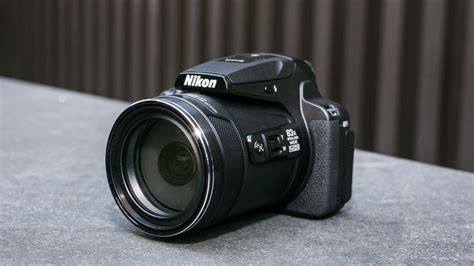 Nikon Coolpix P900 review: Unprecedented zoom range, but