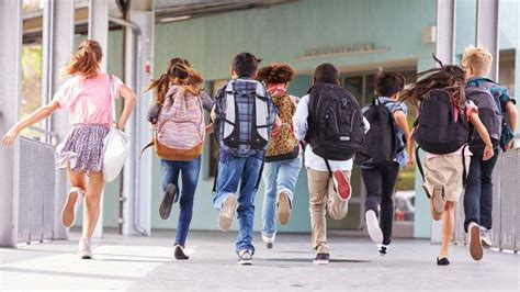 Settlement Guide: Helping your child settle into school in