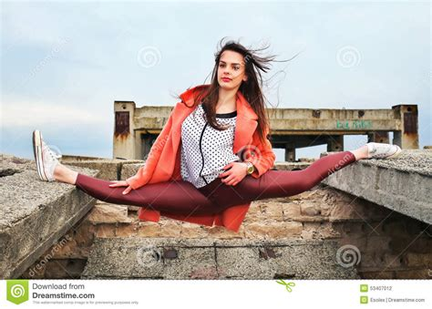Beautiful Young Girl Gymnast Took The Pose Of Twine Stock