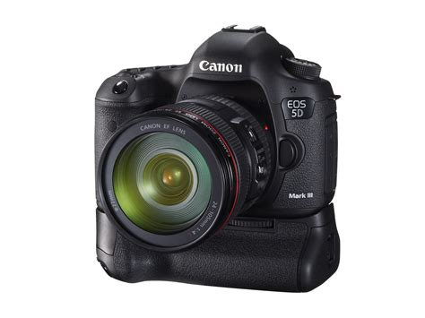 Creativity, redefined – Canon unleashes the EOS 5D Mark