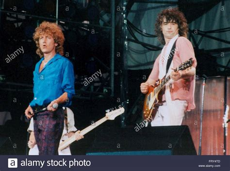 Jimmy Page Stock Photos & Jimmy Page Stock Images - Alamy